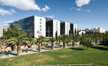 Fachada energética Facultad Económicas Murcia