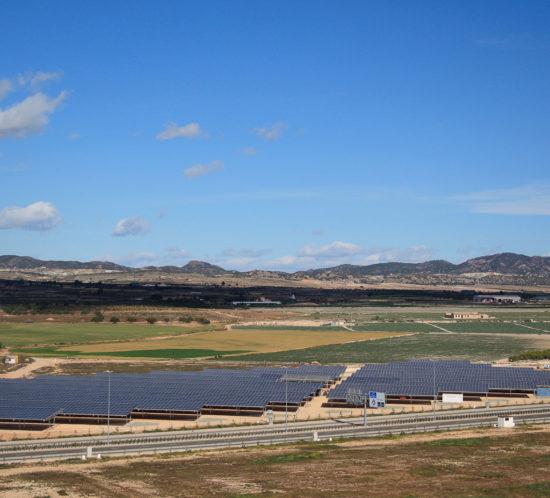 Aparcamiento fotovoltaico del Aeropuerto Internacional Región de Murcia