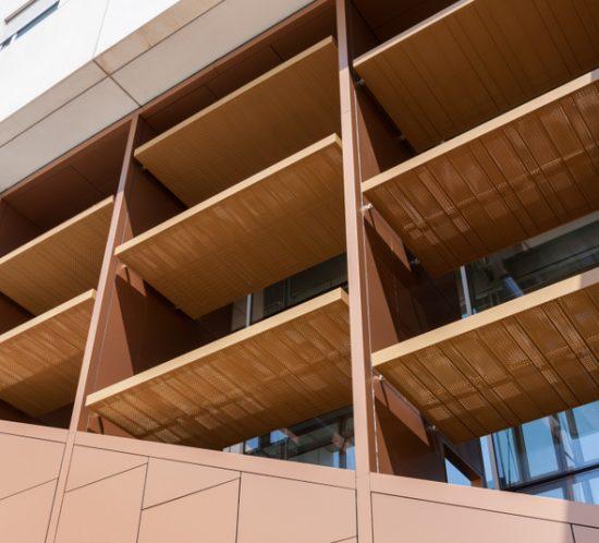 Ecoproyecta - Nueva fachada brise-soleil para la Facultad de Psicología